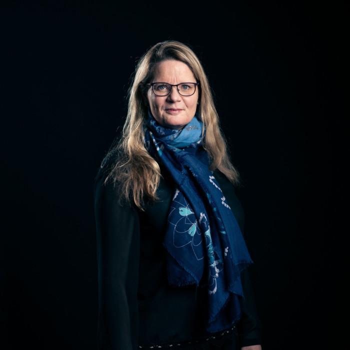 Sari Kivimäki.